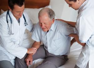 anziani meno cadute crosystem riabilitazione anziani